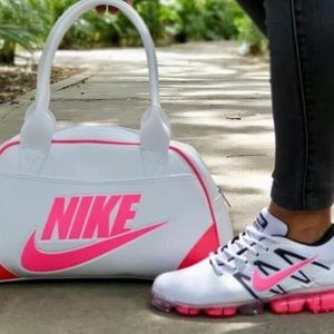 Bag and shoes set